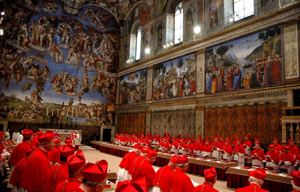 Hoje realiza-se a primeira votação para a eleição do novo Papa