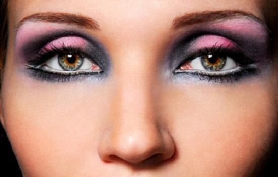 Saiba como fazer smokey eyes.