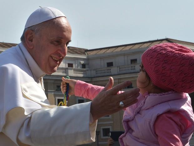 Papa Francisco vai visitar favelas no Rio de Janeiro
