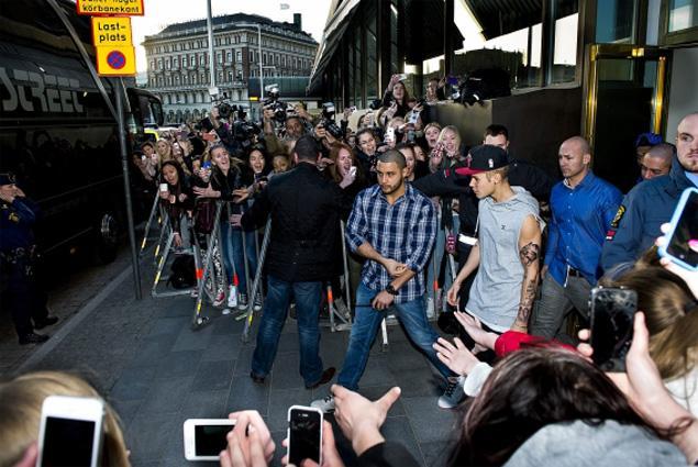 Encontrada droga no autocarro de Justin Bieber