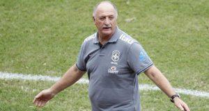 Copa das Confederações: Scolari afirma que Kaká e R10 não estarão juntos