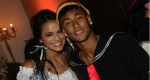 Bruna Marquezine espera que namoro com Neymar não atrapalhe a carreira