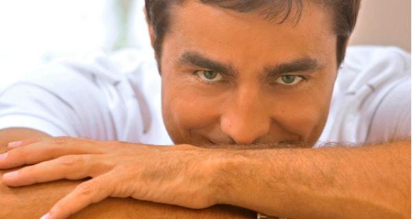 Ricardo Pereira estreia em programa de TV no Brasil