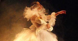 Dançando com o Conde Drácula no CC Olga Cadaval
