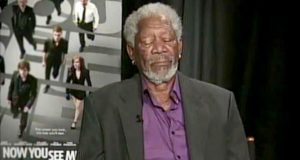 Morgan Freeman dorme durante programa em direto