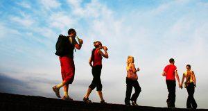 Caminhadas eficazes no combate às dores lombares