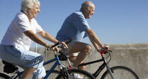 Atividade física regular ajuda idosos