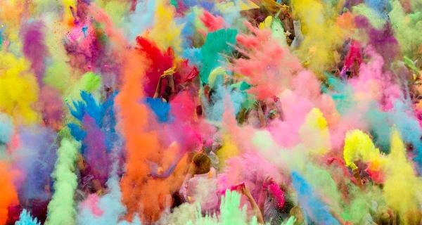 Happy Holi chega a Portugal trazendo muitas cores e música