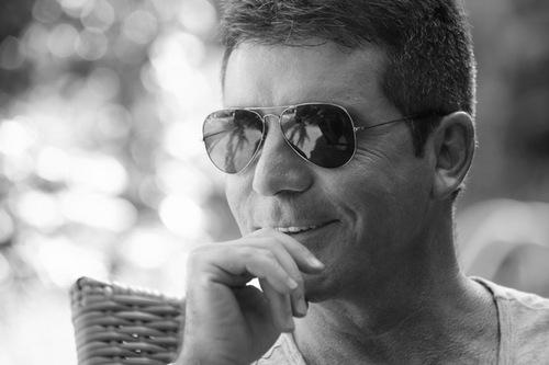 Simon Cowell é triscaidecafóbico