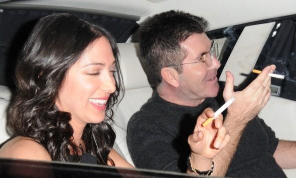 O produtor de TV Simon Cowell vai ser pai