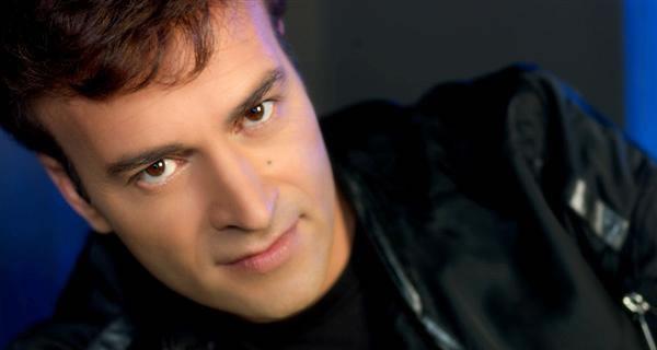Tony Carreira realiza concerto beneficente no Porto
