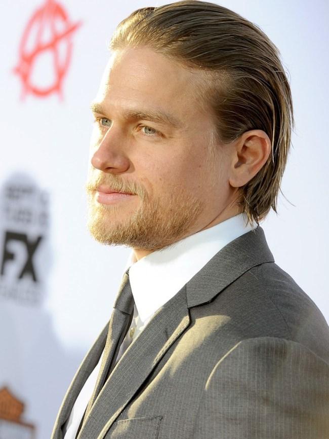 Charlie Hunnam desiste de ser Christian Grey