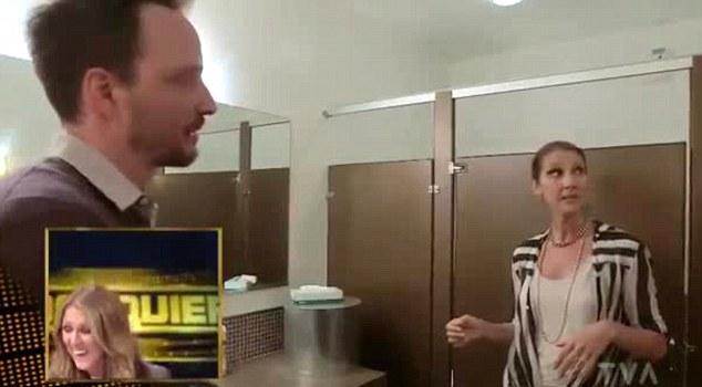 Celine Dion apanhada a ensaiar na casa de banho