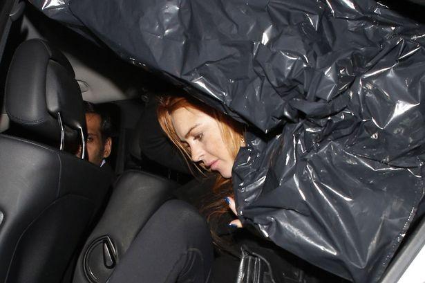 Lindsay Lohan faz presenças no Reino Unido