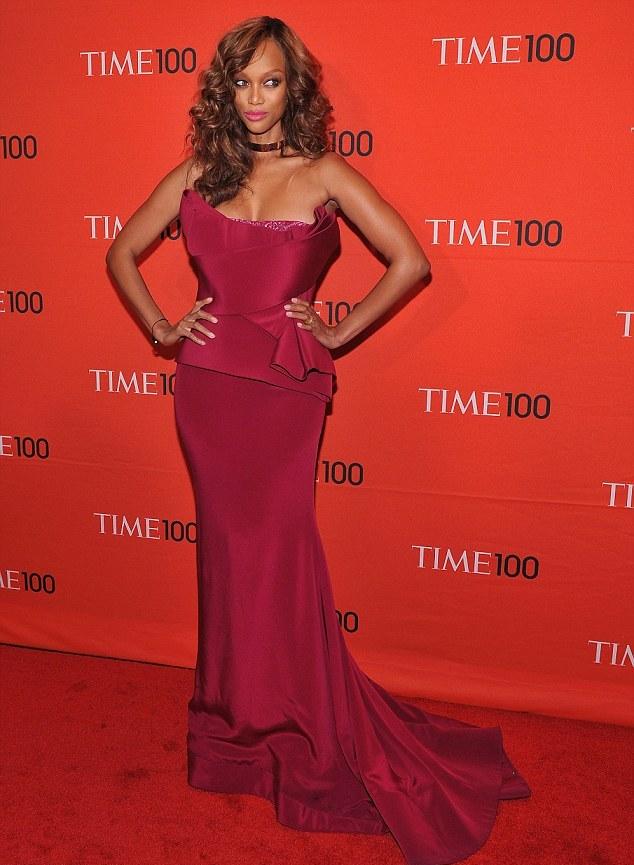 Tyra Banks namora com bilionário iraniano