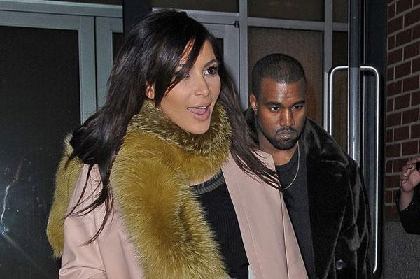 Kim-Kardashian-and-Kanye-West-leaving-their-SoHo-apartment-3178217