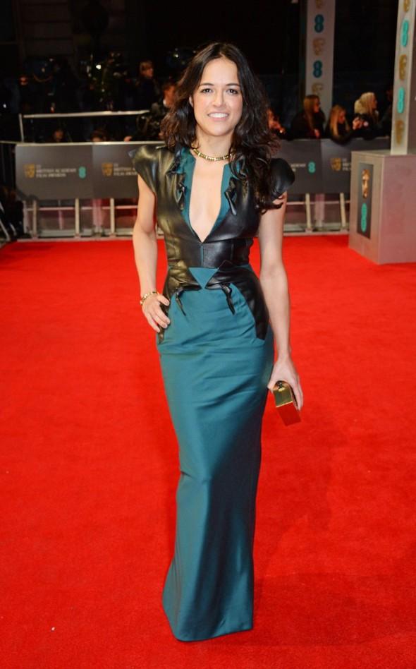 Cara Delevingne e Michelle Rodriguez confirmam a sua relação