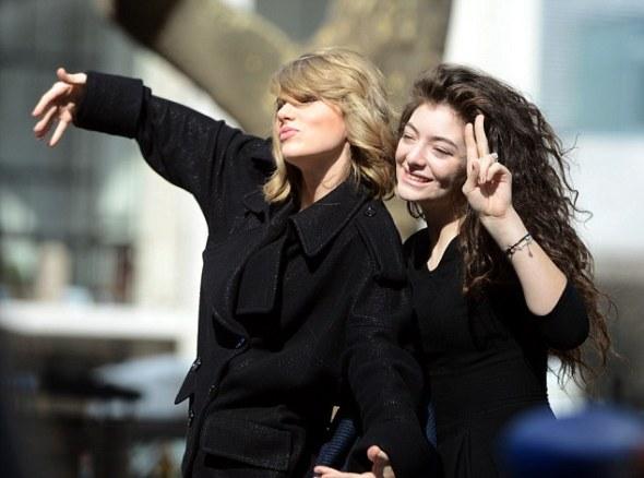 Lorde defende relação com Taylor Swift na rádio