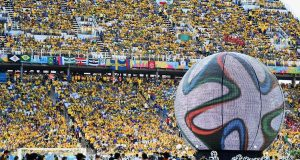 Abertura do Mundial causa controvérsia