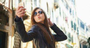 Mulheres com fotografias sensuais são vistas como menos competentes