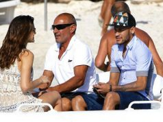 Neymar continua a recuperar-se