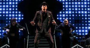 Justin Timberlake provoca banho público épico