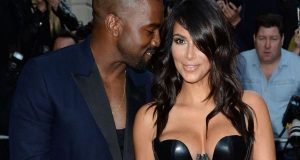 Kim Kardashian rouba atenções aos Homens do Ano