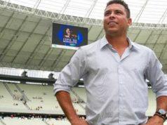 Ronaldo quer voltar a jogar futebol