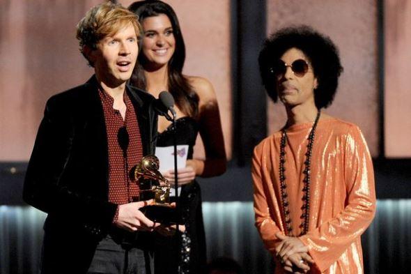 Sam Smith triunfa nos Grammys