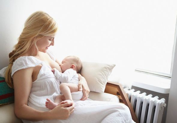 Suposto leite materno vendido online põe bebés em risco